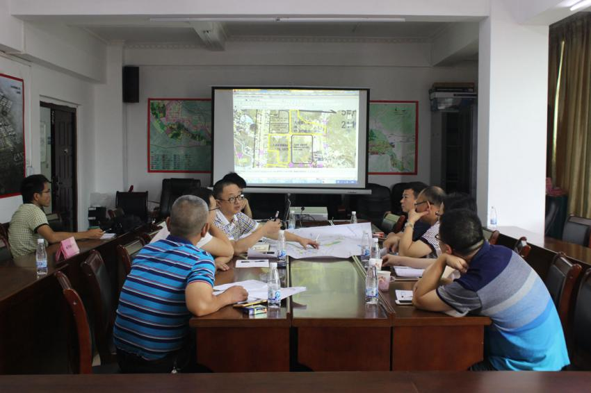 """市规划局组织召开排洪河改造工程项目农民""""两地""""对接会"""