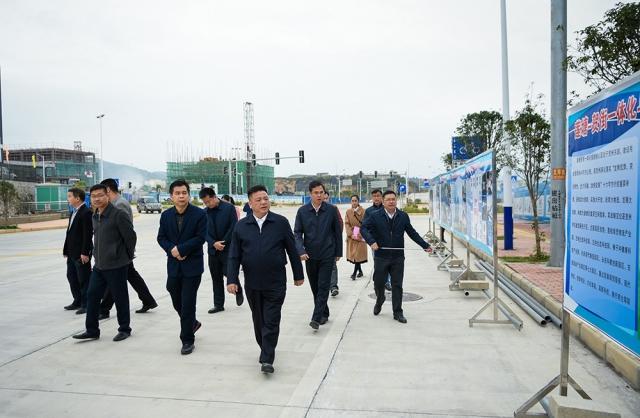 林冠在八步区调研强调:全力打造贺州东融先...